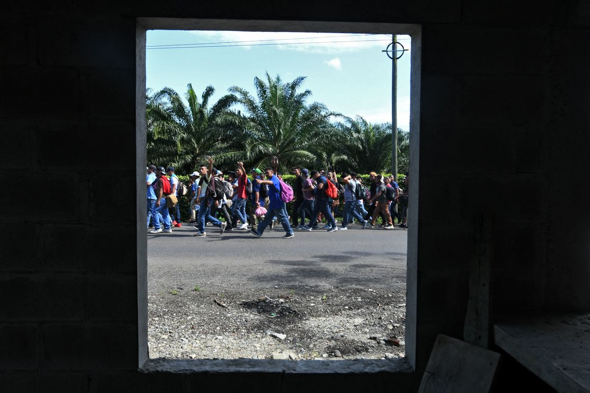 Caravan of 3,000 Migrants Heading to U.S. Offered Jobs by Mexico