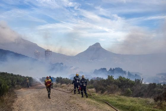 Inferno on Cape Town's Table Mountain Brought Under Control