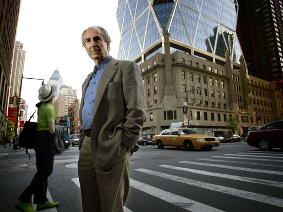 Philip Roth, Novelist Who Plumbed Jewish America, Dies at 85