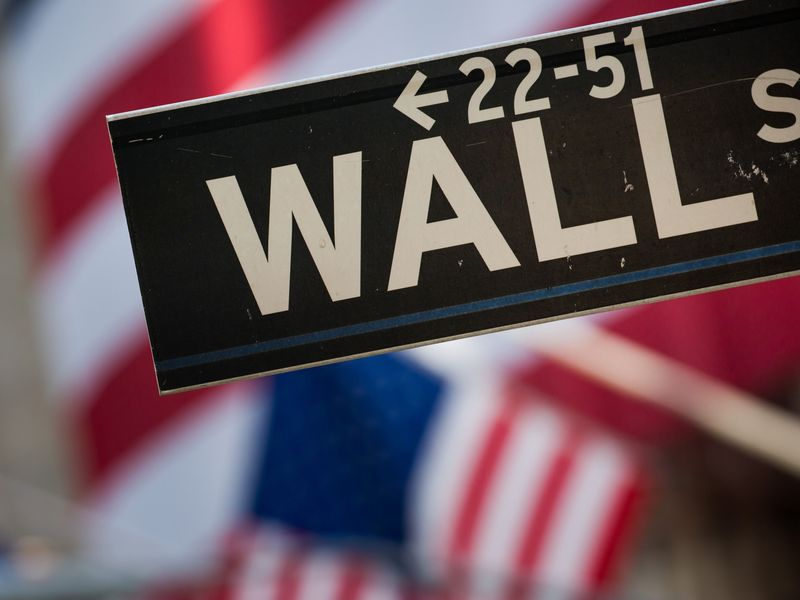 relates to Will Robots Take More Jobs on Wall Street?