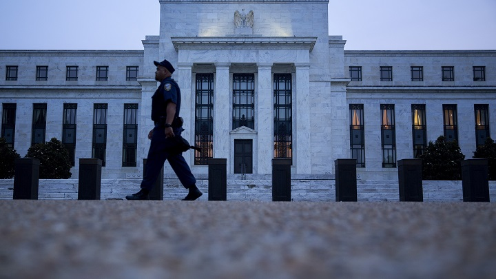 Fed Will Cut by 100 Basis Points Next Year, Says Erik Nielsen of UniCredit Group