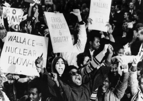 Demonstrators against American Independent Party presidential candidate George Wallace in 1968.