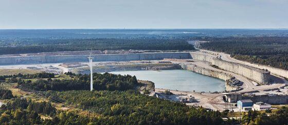 Swedish CEOs Warn of Harmful Supply Risks After Shock Ruling