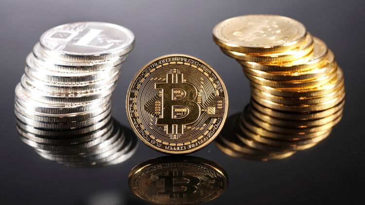 relates to Bitcoin Rebounds to Key Technical Level