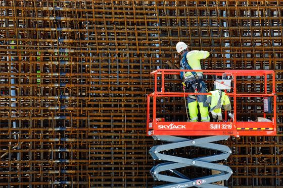 A Look Inside Britain's Biggest Construction Site