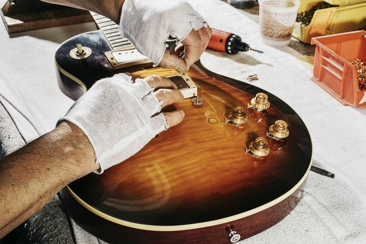 реставрация гитары своими руками фото описанию, русская хохлатая