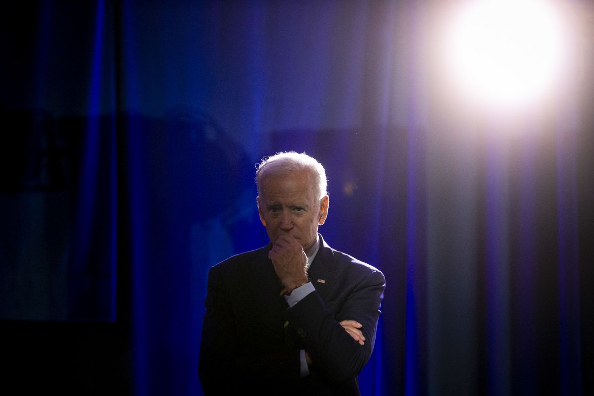 Biden Convenes Shadow War Room to Devise Anti-Virus Policy