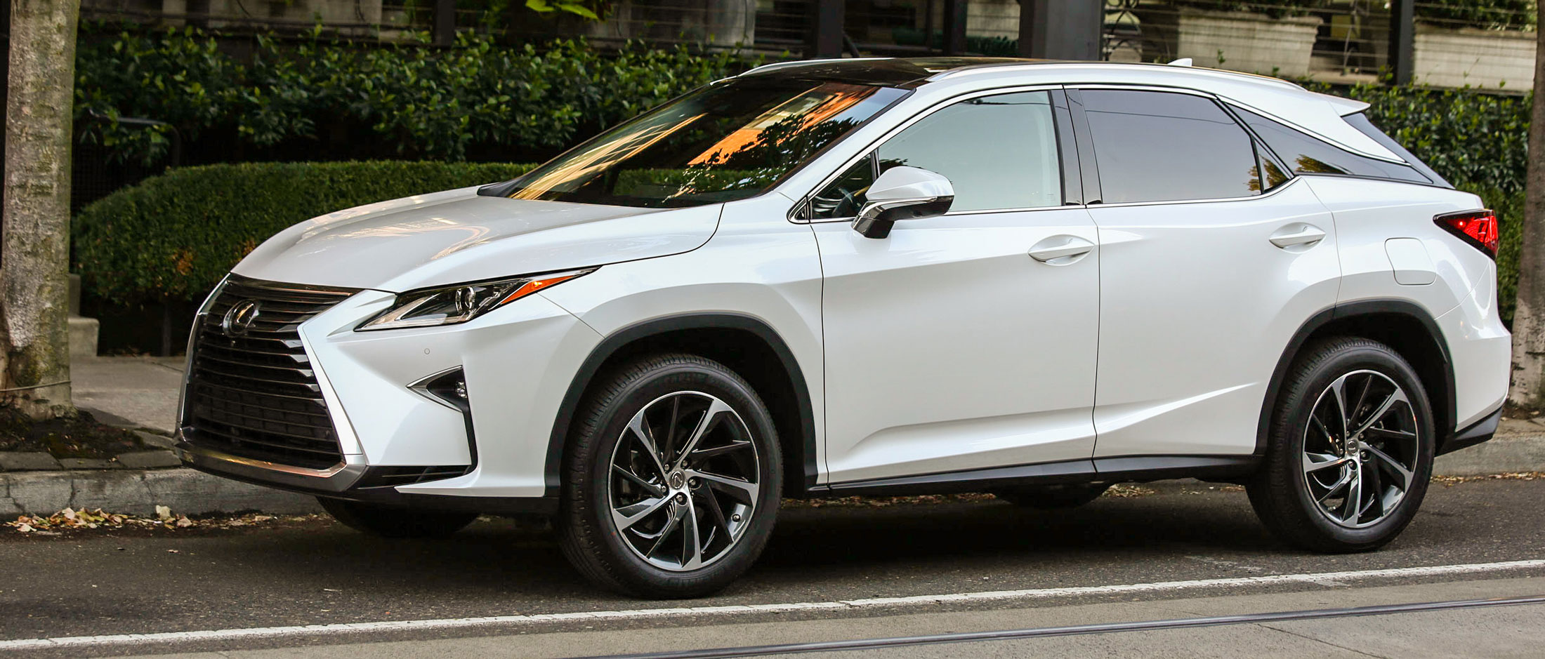 2016 Lexus RX 350 F Sport Review: The Ur Crossover, Overworked   Bloomberg
