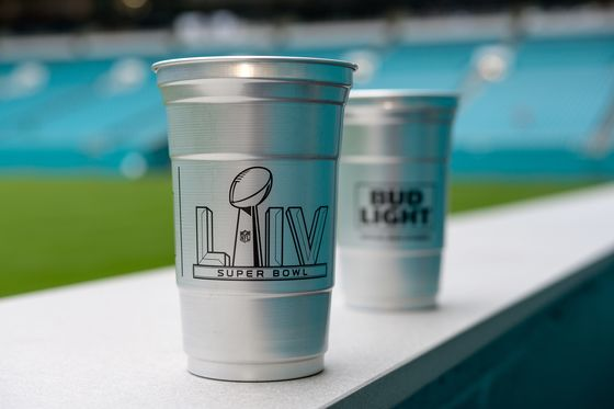 Super Bowl Ditches Plastic Cups in Favor of Costlier Aluminum