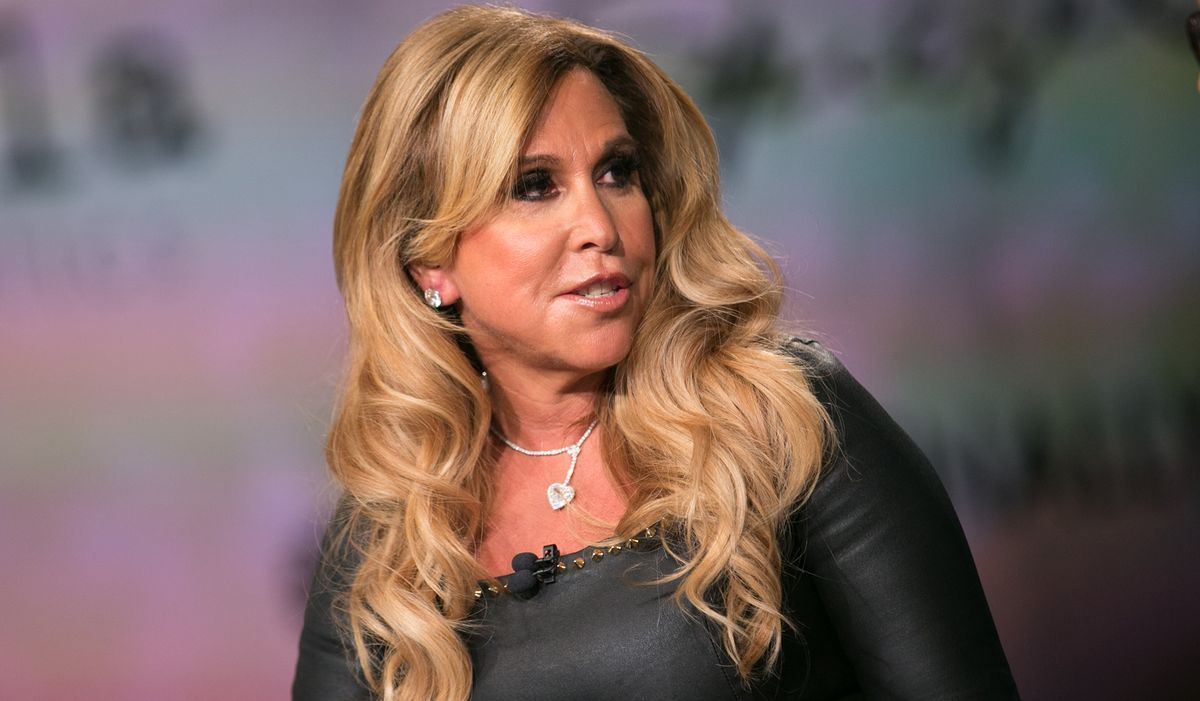 Lynn Tilton's Dura Files Bankruptcy so Tilton Can Buy it Back