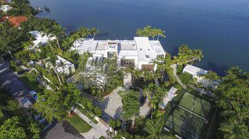 A Miami mansion designed by Kobi Karp.