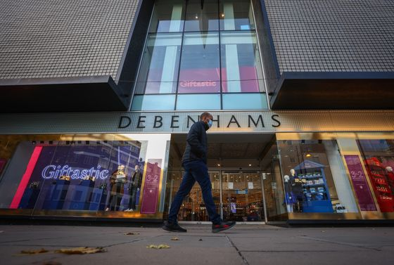 Two U.K. Retail Collapses Threaten 25,000 Jobs in 24 Hours