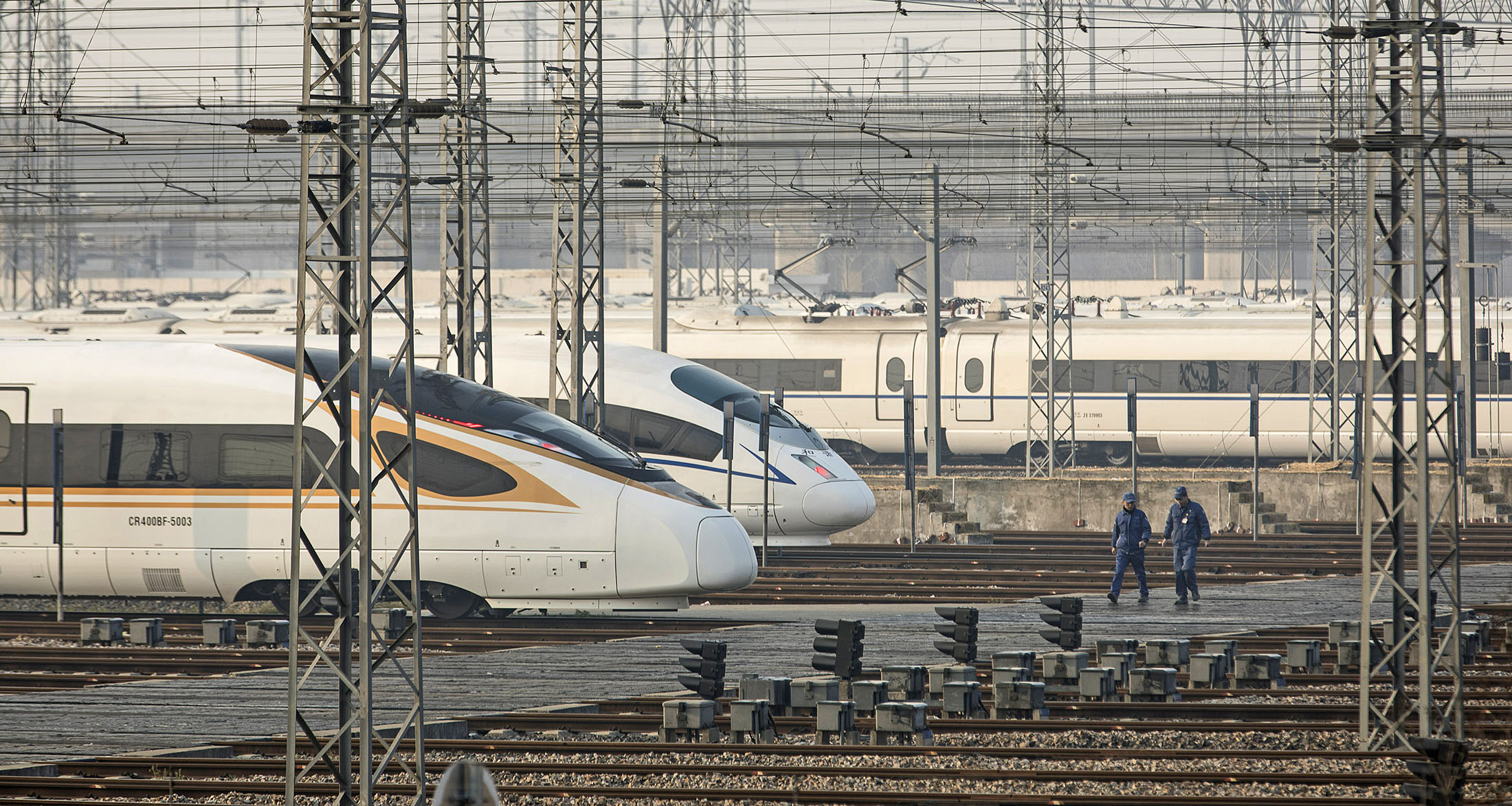bloomberg.com - China's Bullet Trains Are Coming For Hong Kong's Airlines