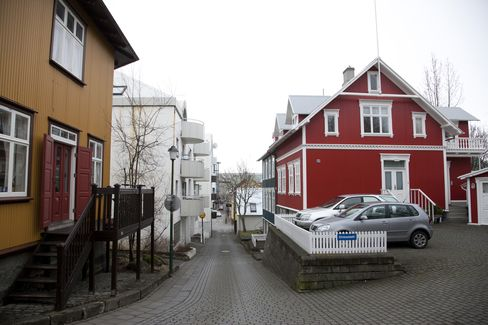 Iceland Property Bubble Grows With Currency Controls