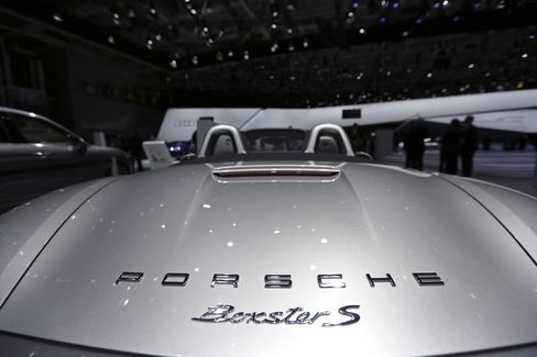 Porsche to Expand Dealership Network by 33% by 2018 on China
