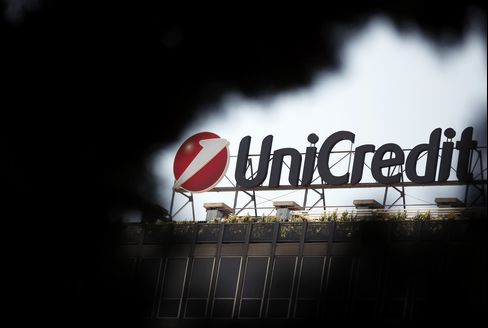 UniCredit, Intesa Among Italian Banks Downgraded by Moody's
