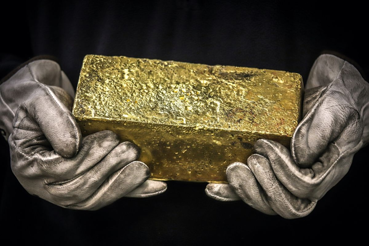 World's Biggest Lockdown Chokes Indian Gold Smuggling Routes