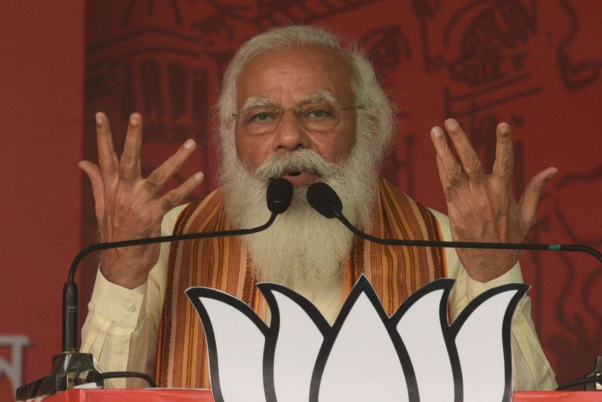 Modi Under Fire for Campaigning as India Reels From Virus Deaths thumbnail