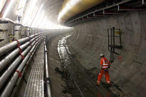 Nomadic Miners Under Mayfair Swap Queensland Coal for London Mud