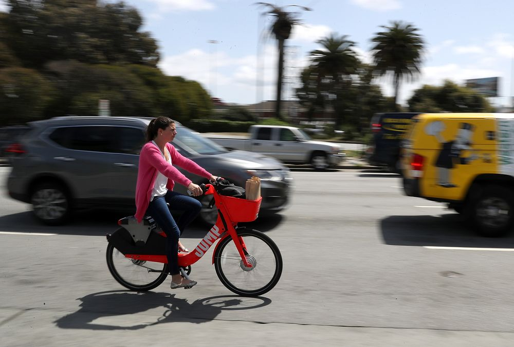 California Surpasses Emissions Goals Years Ahead of Schedule - Bloomberg