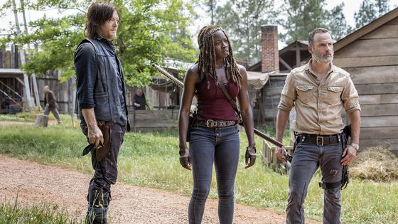 'Walking Dead' Ending Leaves an Ad Hole in AMC's Zombie Universe
