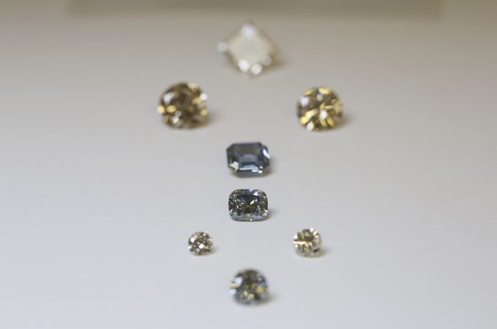 De Beers Made Diamonds a Luxury, Now It'll Make Them Cheap