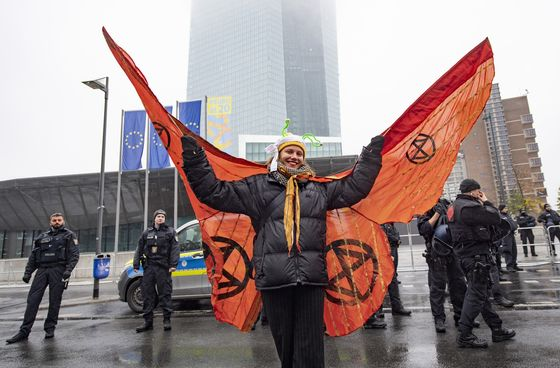 ECB Protesters Tell Central Bankers Don't Ignore Climate Fight