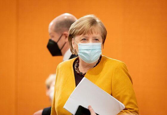Merkel Calls Easter Shutdown a 'Mistake' in Rare Apology