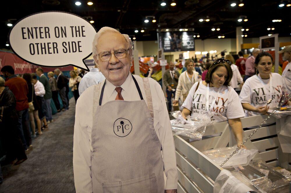 bacb8106cad086 Teva  Warren Buffett Messed Things Up For Short-Sellers - Bloomberg