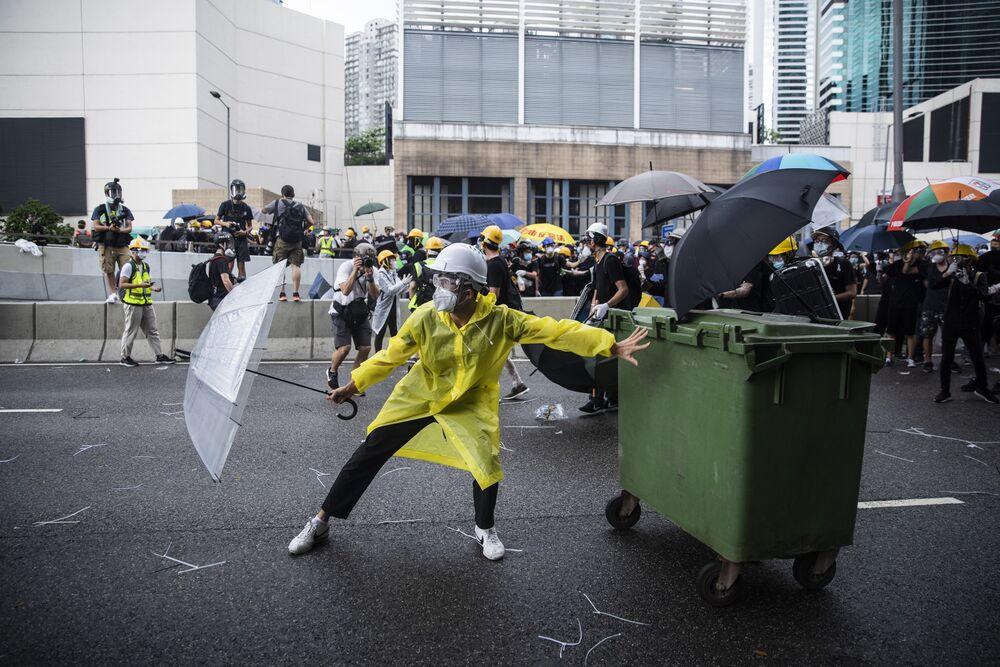 Fresh Hong Kong Protests Signal Gridlock Facing Lam