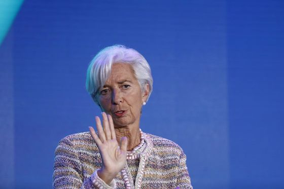 Lagarde Warns Impatient Markets That U.S.-China Deal Isn't Easy