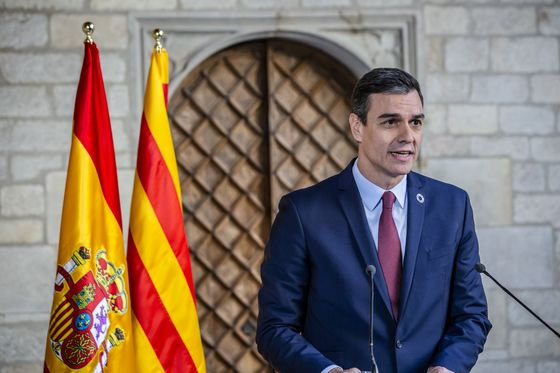 Catalan Separatists Keep Control and Sanchez Gets a Boost