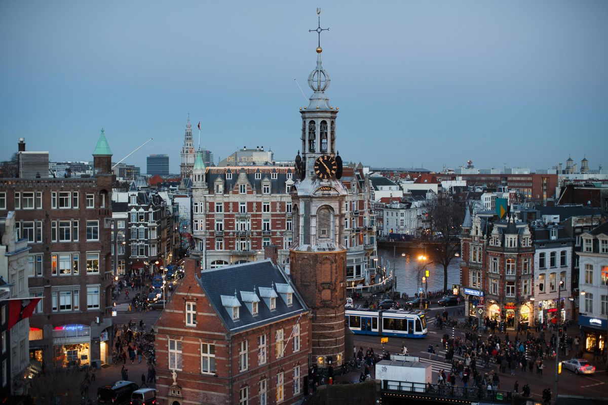 Amsterdam Topples London as Europe's Main Share-Trading Hub