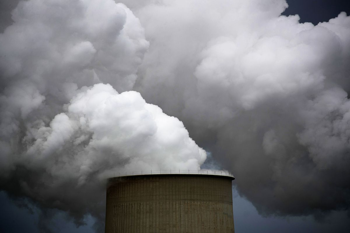 JPMorgan Warns Investors It May Get Walloped by Climate Change