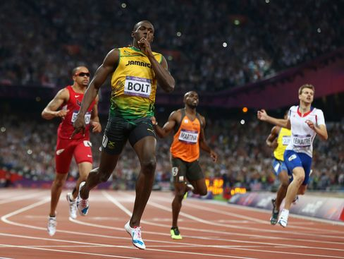 Usain Bolt Wins Olympic 200 Meters to Seal Place in Record Books
