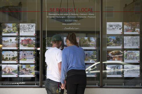 Lowest U.S. Homeownership in 18 Years Seen in Decline