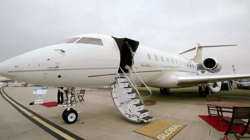 Avalon International Airshow 2007. The Bombardier Global 5000 private jet at the