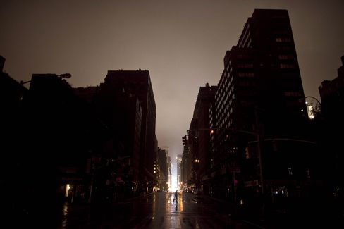 Hurricane Sandy Cuts Power to More Than 1.9 Million New Yorkers