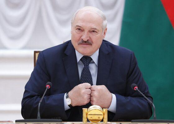 U.S. Announces Sanctions on Belarus Over Journalist's Detention