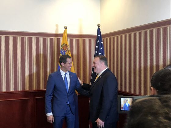 Guaido Meets Pompeo in Renewed Push to Oust Venezuela's Maduro