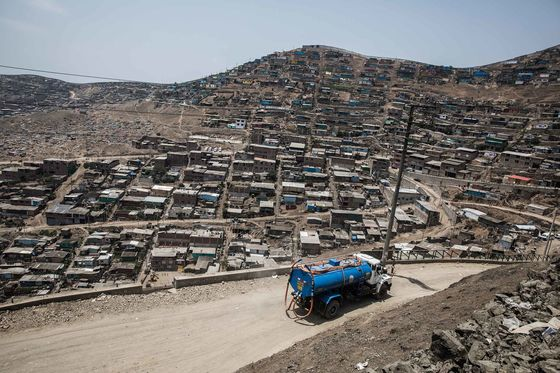 Lima's Poorest Residents Are Buying Drinking Water From a Truck
