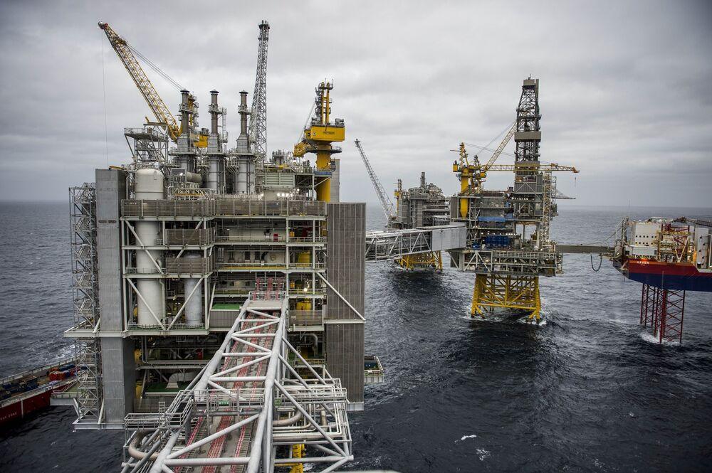 Platformy przetwarzania, wiercenia i produkcji znajdują się na polu naftowym Johan Sverdup u wybrzeży Norwegii.