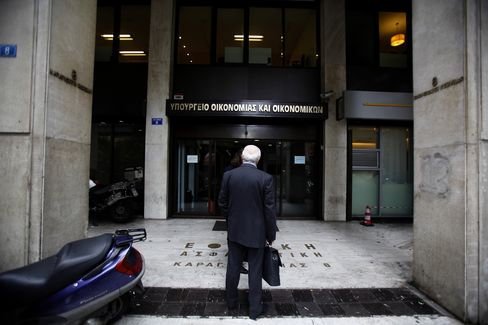 Greek Debt-Swap Talks Resume
