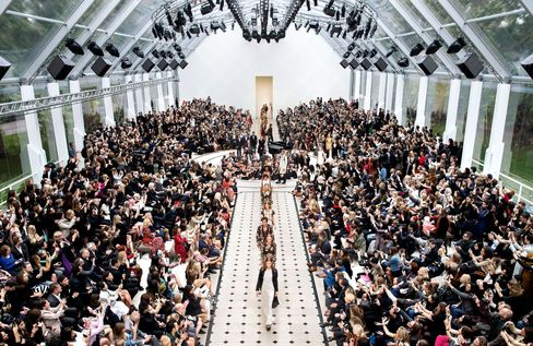 The finale at Burberry's Spring/Summer 2016 fashion show.