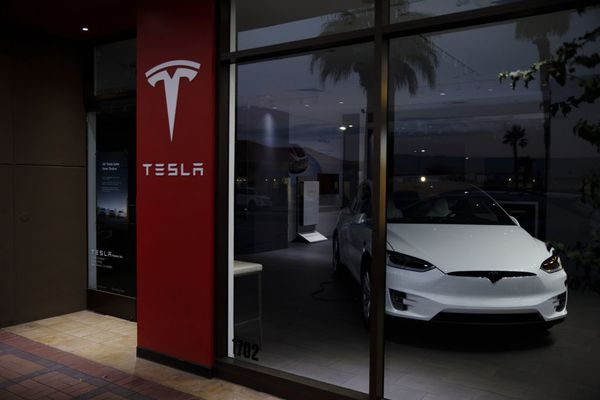Tesla Inc. Closes Some Stores And Shifts To Online-Only Sales
