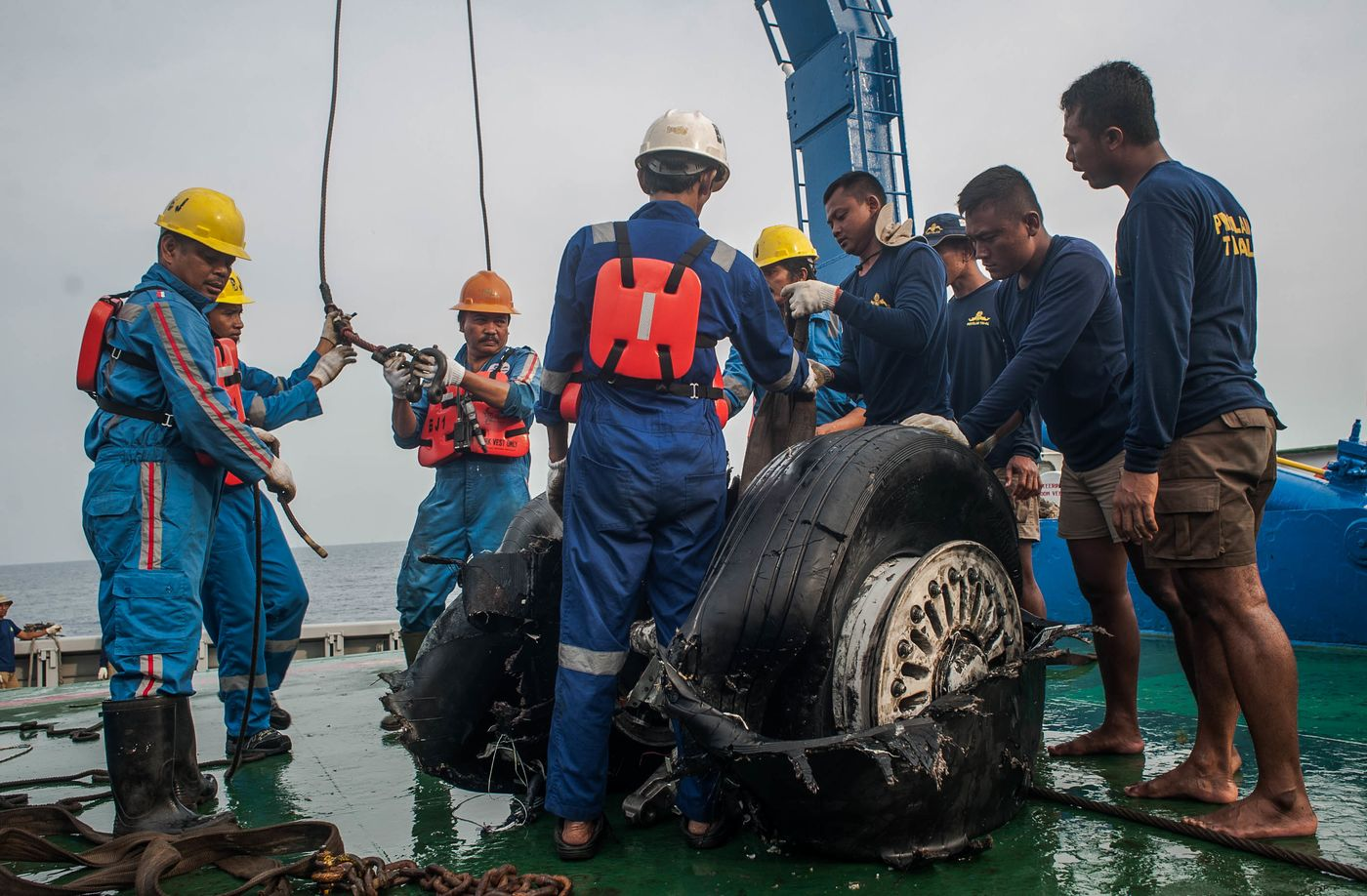 Recovered wheels of the crashed Lion Air JT-610