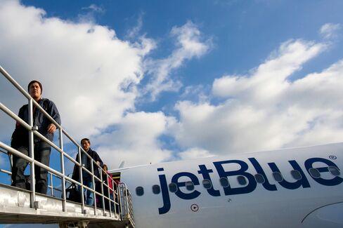 JetBlue Scrubs 880 Flights as Irene Nears