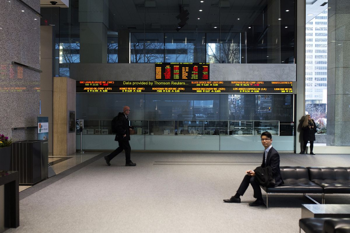 Toronto Stocks Plunge, Catching Up to Global Rout on Virus