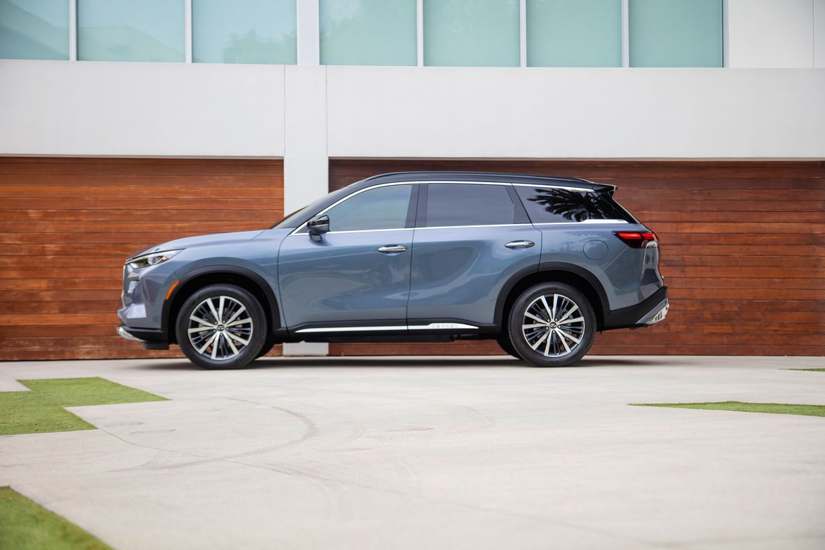 With New QX60, Infiniti Finally Has a Luxury SUV You'll Remember