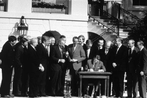 Reagan Signs The Tax Reform Act